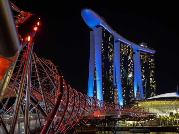 Helix bridge Marina Bay Sands Singapore Nikon D610