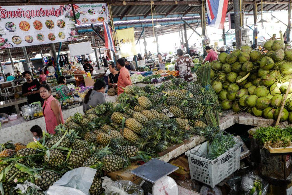 leicaq leica116 ananas marché local thailande