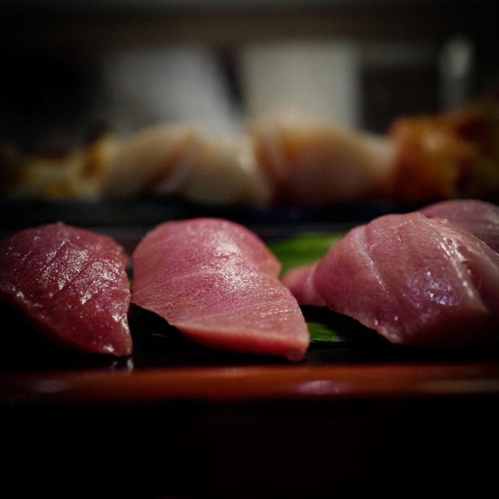 sushi tsukiji tokyo sushibun leicaq leica116 perfectmoment